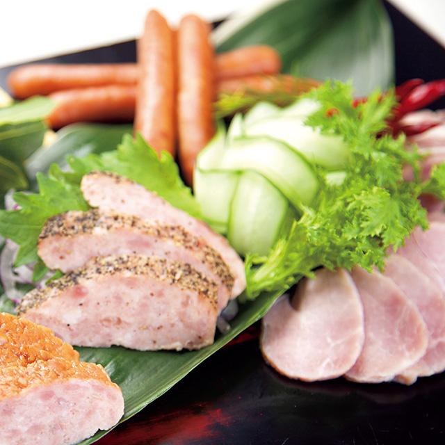 日本ハム 九州産黒豚 ハム・ウインナー詰合せ メイン画像